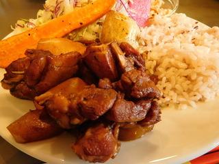 富山ランチブログ隊 ブルーポイント 鹿児島産チキンとりリンゴのバルサミコ煮 プレート