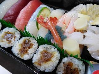 富山ランチブログ隊 寿司・割烹 寿司 寿司折り弁当 画像UP