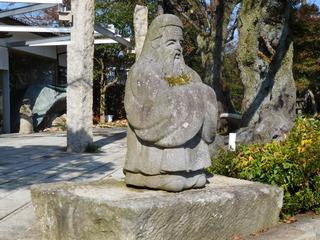 富山ランチブログ隊 呉山飛天 店前の石仏