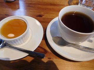 富山ランチブログ隊「森の茶屋 糧」カボチャのプリン+紅茶