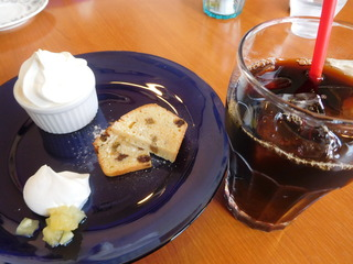 富山ランチブログ隊   かふぇ 食後のデザート パウンドケーキ+アイスコーヒー
