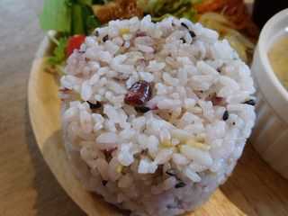 富山ランチブログ隊 ウッドペッカーカフェ 店 プレートランチの雑穀米
