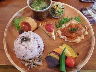 富山ランチブログ隊 ウブス・ア・ディジー お野菜たっぷりプレート UP