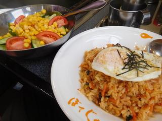 富山ランチブログ隊 ぼてじゃこ山室店 鉄板焼き ビビンバ+コーンサラダ