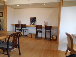 富山ランチブログ隊 カレー食堂 コロポ 店内 カウンター席&スイーツ&ドリンク メニュー 黒板