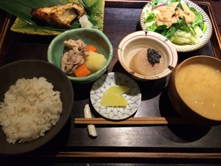 富山ランチブログ隊 たま氣 ブリカマ塩焼き定食