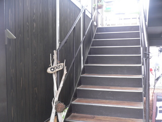 富山ランチブログ隊 Cafe mandy 螺旋階段