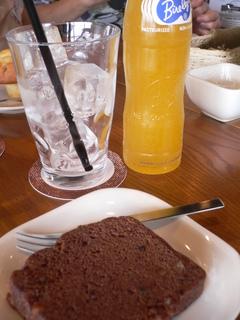 富山ランチブログ隊 Cafe mandy チョコのパウンドケーキ+オレンジジュース