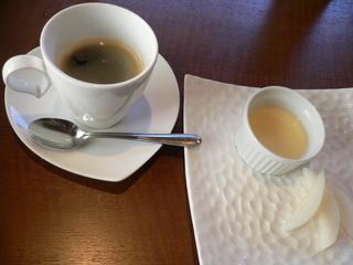 富山ランチブログ隊 アスト デザート プリン+コーヒー