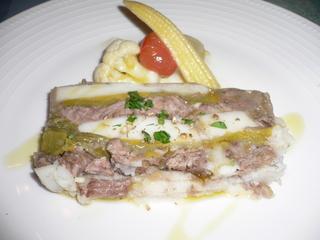 富山ランチブログ隊 ル・ポワソニエ 前菜 牛肉と里芋、ポワローのッテリーヌ