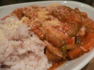 富山ランチブログ隊 たもり本日のLunch「野菜とお豆のチキントマトチーズご飯」UP