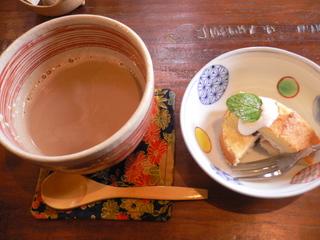 富山ランチブログ隊 トートカフェ   カフェ  ランチタイムサービス ドリンクとプチデザート