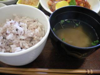 富山ランチブログ隊 隠れや ふう 五穀米+味噌汁