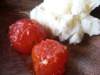 富山ランチブログ隊 ポテトトサラダ+湯むきトマト