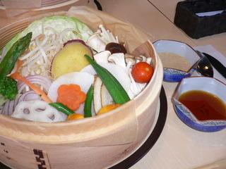 富山ランチブログ隊 カフェブルーリーブス 野菜たっぷりせいろ蒸し+たれソース
