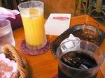 食後のドリンク(オレンジジュース・アイスコーヒー)