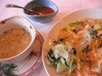 ティエンコムベトナム スープ+野菜あんかけご飯