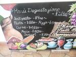 富山ランチ Bottega Naga 店内ディスプレィ
